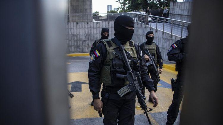 At least 17 prisoners killed in riot at Venezuelan jail