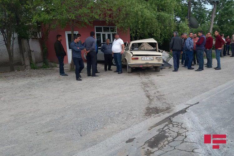 В Гёйчае столкнулись два автомобиля, есть погибший и раненые - ОБНОВЛЕНО