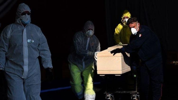 US coronavirus death toll exceeds 70,000
