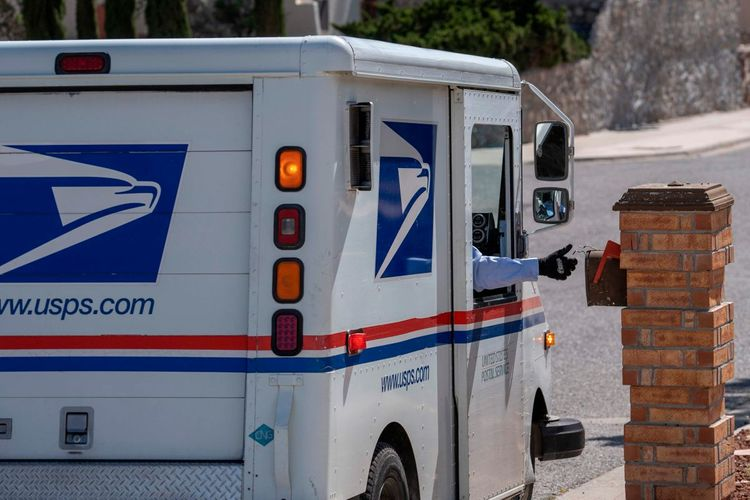 Republican donor named U.S. postmaster general