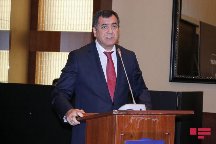 """Deputat: """"Cəmil Həsənli mandata görə AXCP-dən istefa vermişdi"""""""