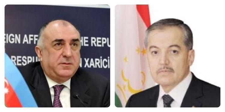 Azerbaijani FM holds phone conversation with FM of Tajikistan