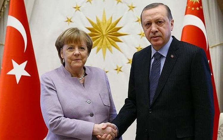 Turkish president, German chancellor talk over phone