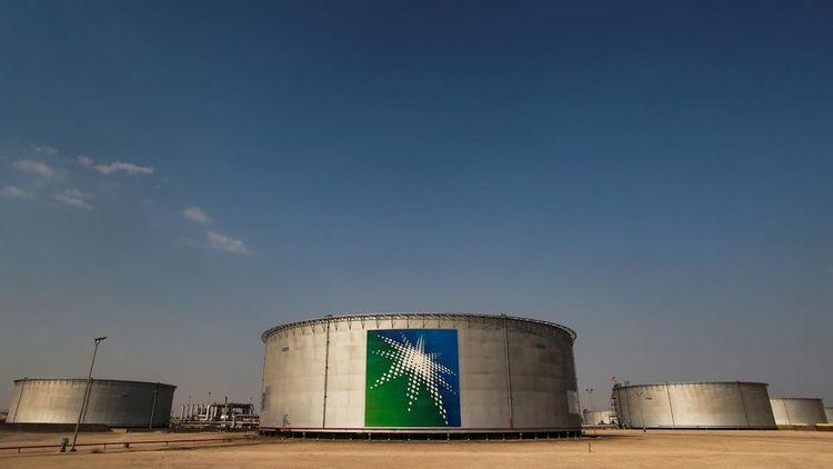 Saudi Aramco first-quarter net profit falls 25% as oil prices slump