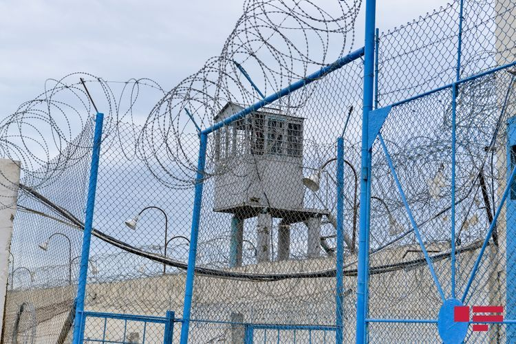 Entrance and exit to/from prisons banned in Azerbaijan since March
