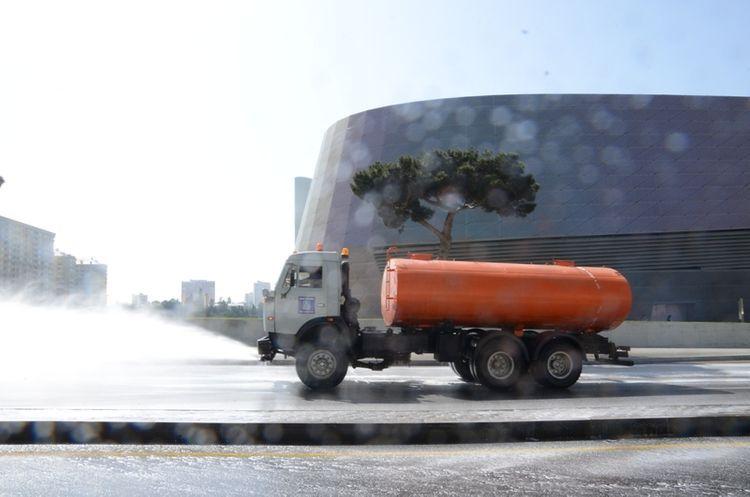 Over 400 streets disinfected in Baku