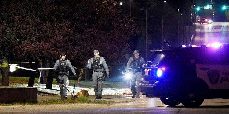 2 men dead, 2 injured following shooting in parking lot in Oakville