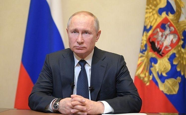 Putin asks Russian Muslims to celebrate Ramadan holiday at home