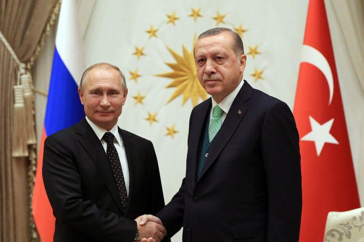 Erdogan, Putin discuss coronavirus, Turkey-Russia ties in phone call