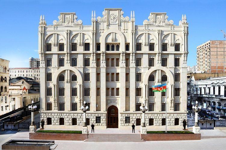 """Entrance and exit to """"Gypsies estates"""" of Azerbaijan"""