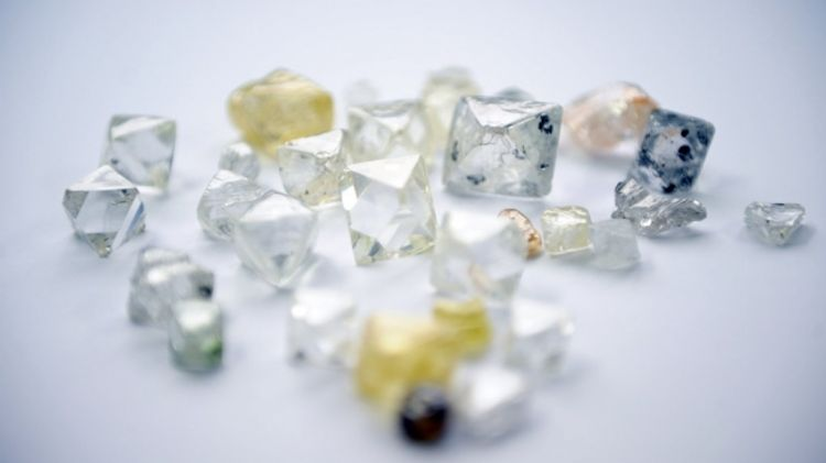 Alrosa holds largest digital tender with over 800 diamonds