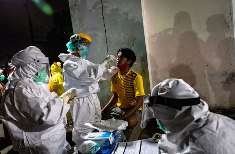 Indonesia reports 949 coronavirus new cases, 25 new deaths