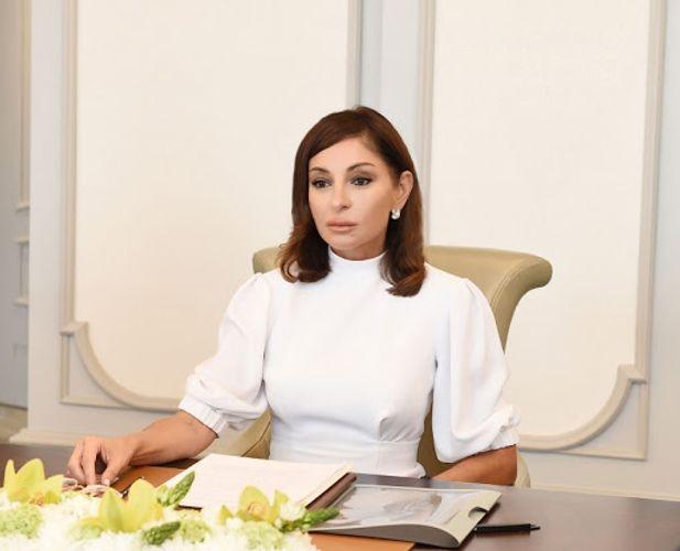 First Vice-President Mehriban Aliyeva congratulates Azerbaijani people and world Muslims on Ramadan Holiday