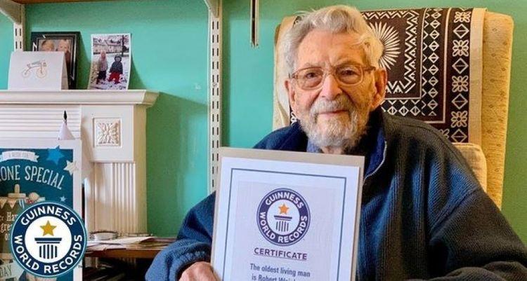 В Великобритании умер старейший мужчина на планете