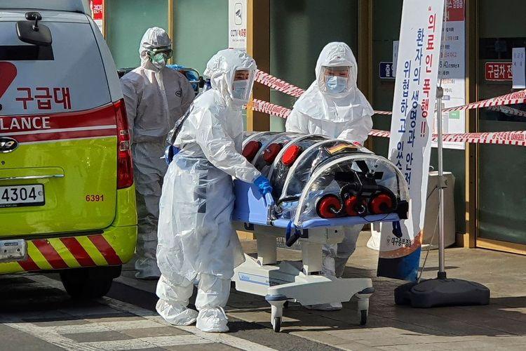 Число жертв коронавируса во Франции за сутки выросло на 66