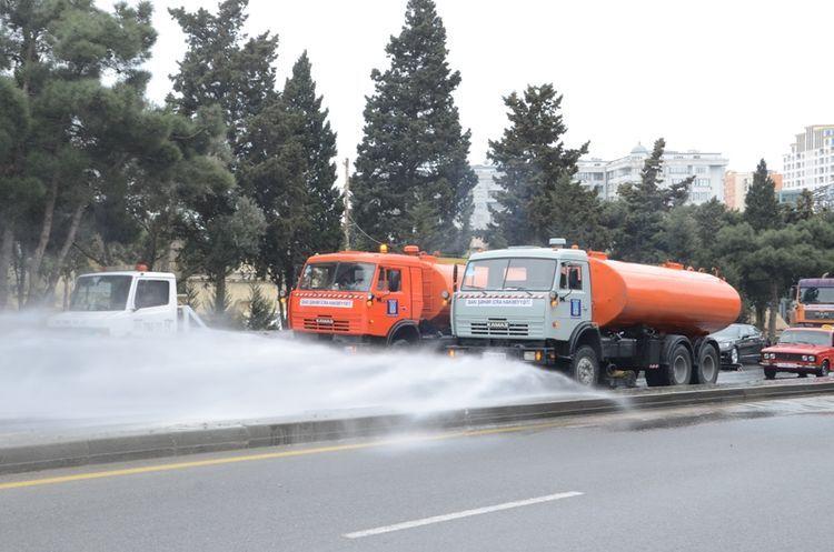 На более чем 300 основных улицах, проспектах и дорогах Баку будут проведены дезинфекционные работы