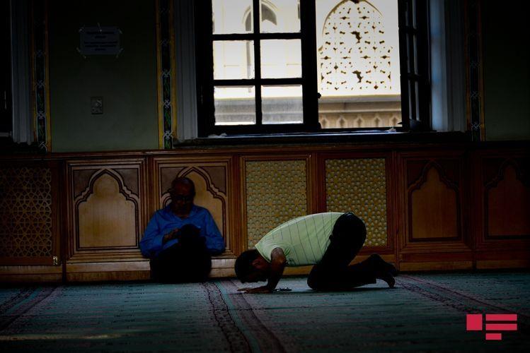 Ибрагим Мамедов: На нынешнем этапе открытие мест поклонения не рассматривается