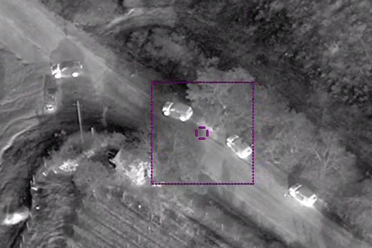 MN: Düşmənin hərbi avtomobil korteji məhv edilib – VİDEO