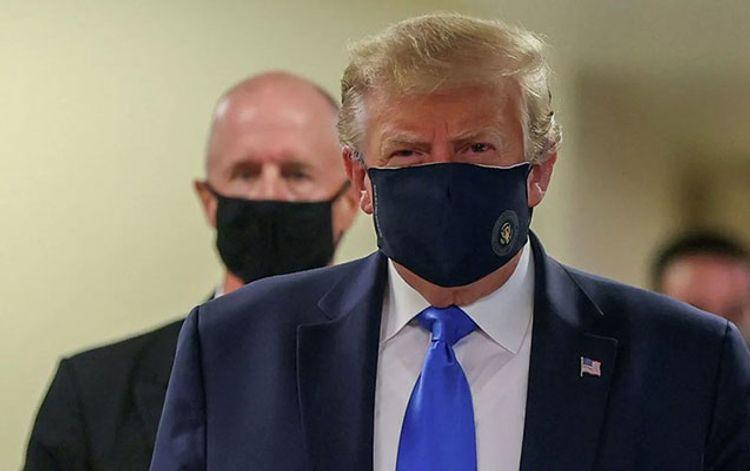 Tramp bir neçə həftə ərzində ABŞ-da koronavirus peyvəndinin kütləvi şəkildə paylanacağına söz verib