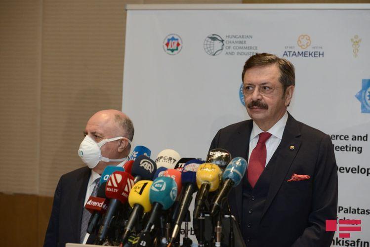 Мустафа Рифат: Тюркский Совет направил помощь на фронт