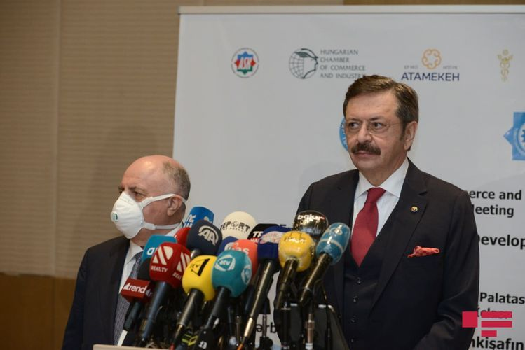 """Mustafa Rifat: """"Turkic Council sent aid to front"""""""