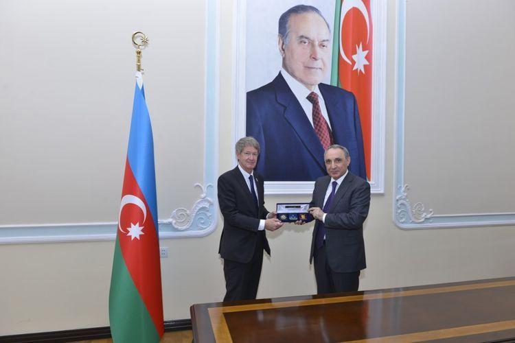 Генпрокурор Азербайджана встретился с послом Великобритании