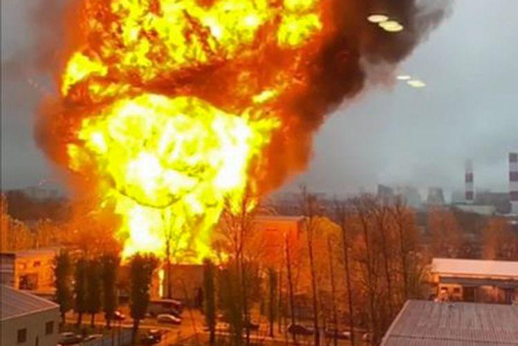 Moskvada anbarda güclü partlayış olub - VİDEO