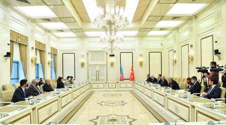 Azerbaijani Parliament speaker meets with Binali Yildirim