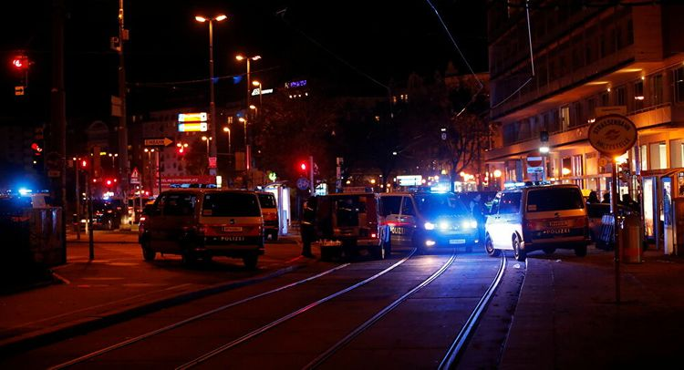 Death toll after shooting in Vienna increasing to two - UPDATED-1