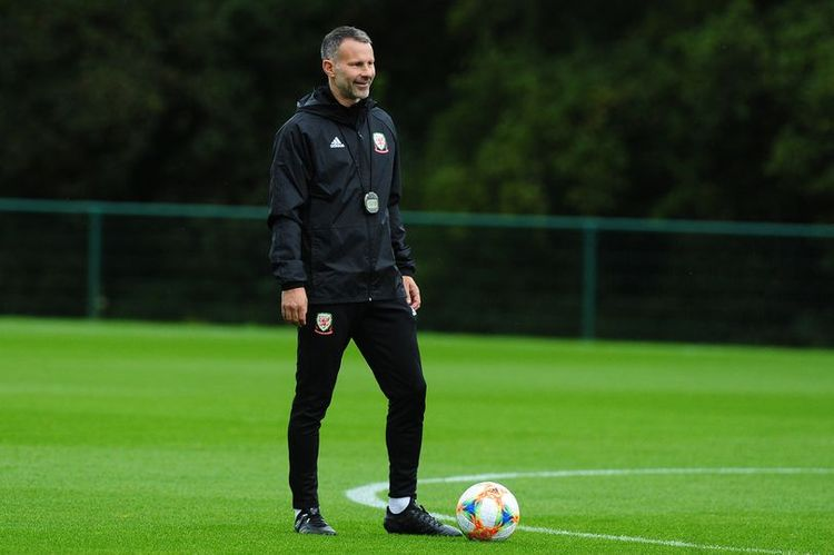 Former Manchester United player Ryan Giggs arrested