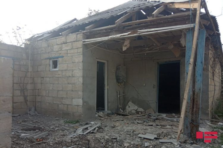 Artillery shell fired by Armenians to Tartar fell on yard of residential house - PHOTO