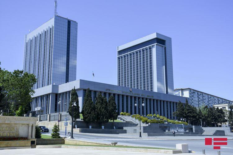 Parlamentin növbəti plenar iclası noyabrın 6-da keçiriləcək