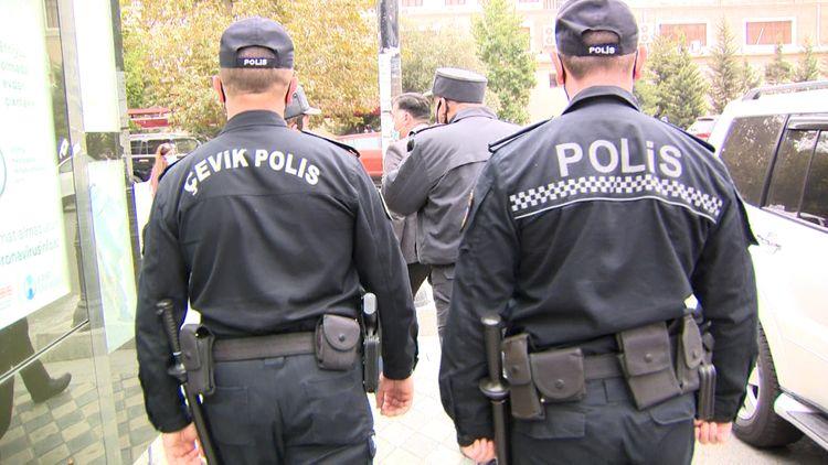Polis karantin qaydaları ilə bağlı gücləndirilmiş profilaktik tədbirləri davam etdirir
