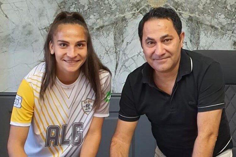 Azərbaycan millisinin futbolçusu Çempionlar Liqasında baxımlı qola imza atıb  - VİDEO