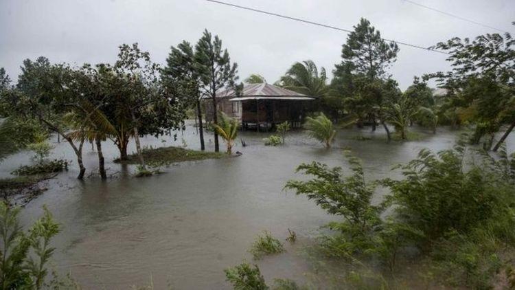 Storm Eta batters Central America killing three