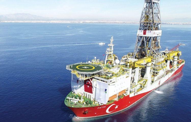 Türkiyə Qara dənizdə kəşfiyyat quyusunun qazıntısına başlayıb