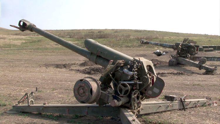 Брошенная на поле боя вооруженными силами Армении военная техника  - ВИДЕО