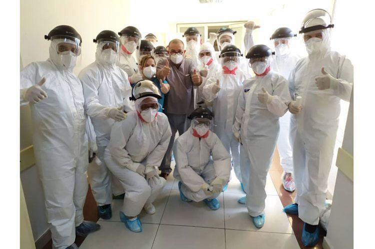 Более ста кубинских медработников едут в Азербайджан на борьбу с коронавирусом