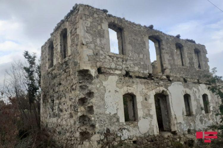 Армяне не оставили камня на камне в Физулинском и Джабраильском районах - ФОТОРЕПОРТАЖ