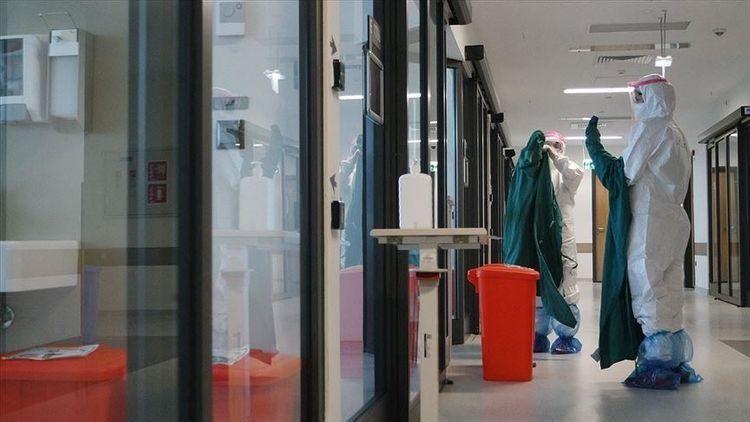 Turkey reports over 2,400 more coronavirus patients