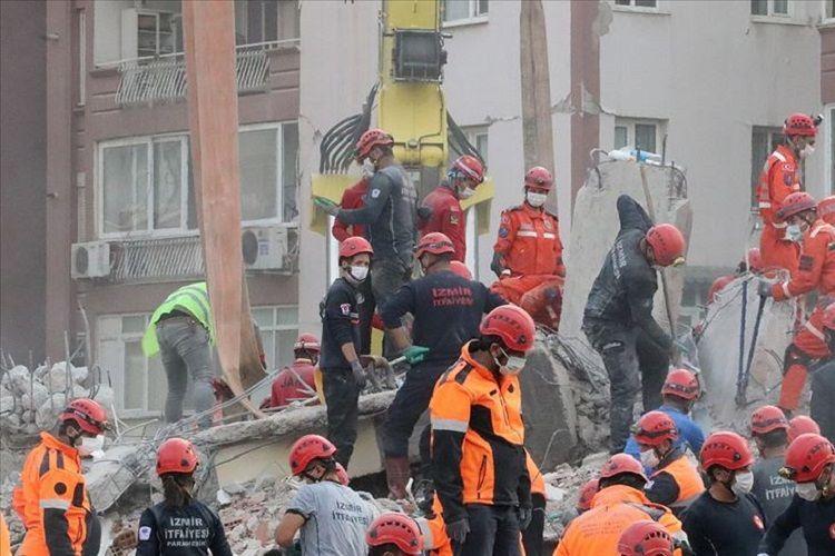В Турции увеличилось число жертв землетрясения