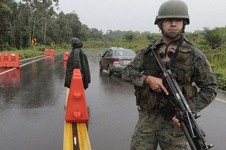 Kolumbiyada baş vermiş atışma zamanı 3 nəfər yaralanıb