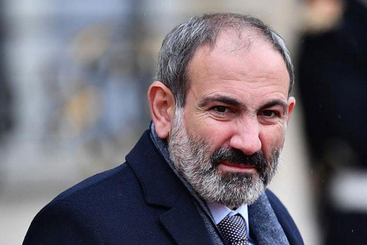 """Paşinyan: """"Mənim istefamı tələb edən bir siyasi xadim var, bir gün əvvəl isə o, Şuşadakı mövqeləri tərk etmişdi"""""""