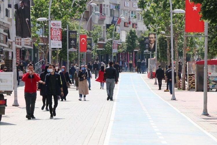 Türkiyədə COVID-19-dan daha 87 nəfər dünyasını dəyişib