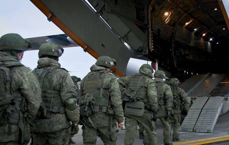 Over 400 Russian peacekeepers arrive in Armenia