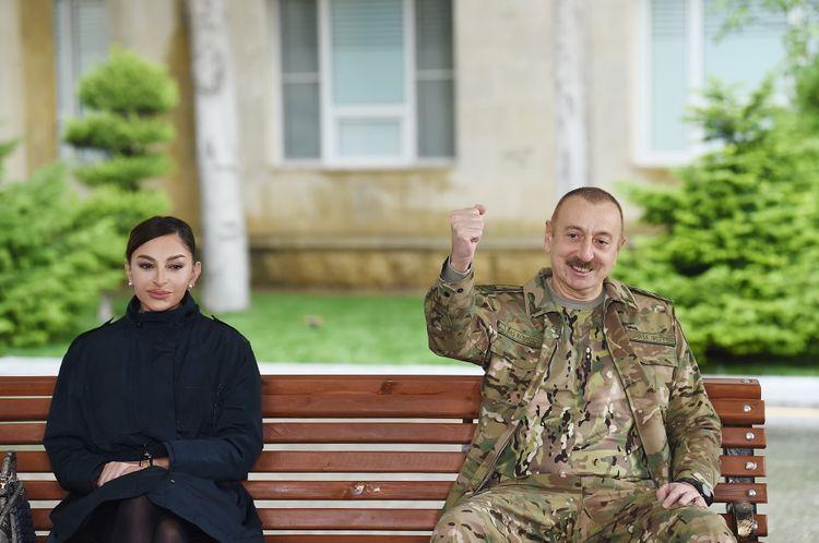 Президент Азербайджана: Мы смогли добиться желаемого и на поле боя, и за столом переговоров
