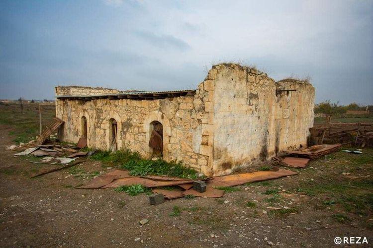 ОИС обеспокоен уничтожением исламских исторических святынь на оккупированных территориях Азербайджана