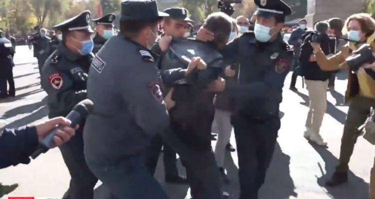 СНБ Армении задержала группу лидеров оппозиции