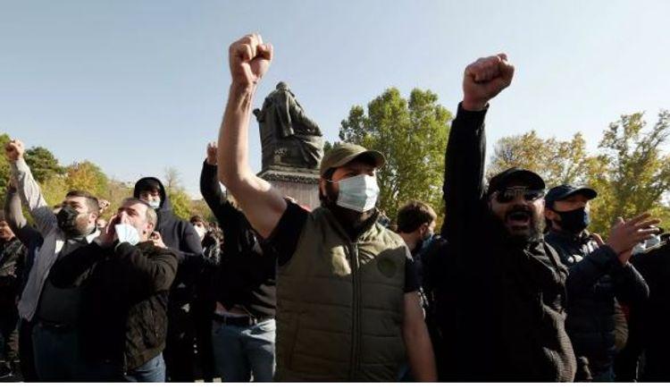 Ermənistanda etiraz aksiyasından sonra müxalifətin 10 lideri saxlanılıb