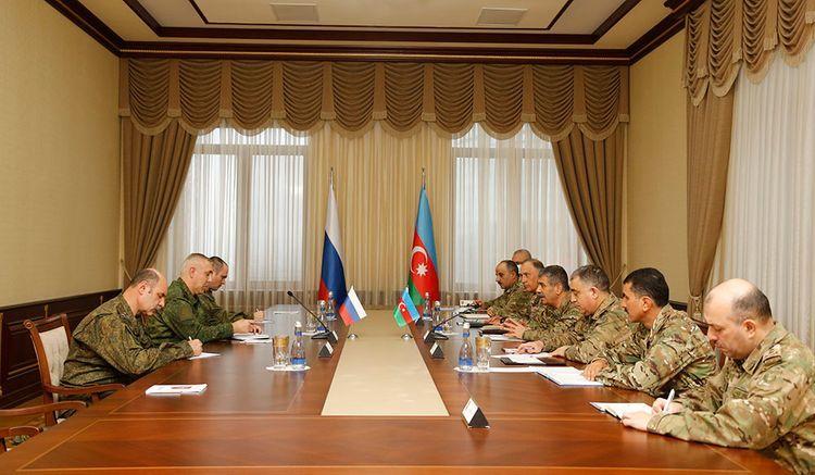 Закир Гасанов встретился с командующим миротворческими силами России, которые будут размещены в Нагорно-Карабахском регионе Азербайджана